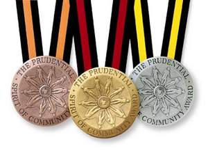 tn-32706_prudential_spirit_community_award_medals_large